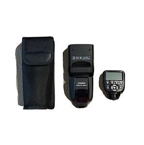 Yongnuo YN560 IV Speedlight (w/Case, Stand, Wireless Trigger) Basically New
