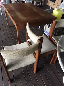 Solid Wood Table W/ 4 Chairs-Florida Pick Up Only, Lake Wales Fl