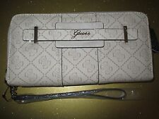 Guess Wristlet WALLET CLUTCH ID VEGAN Ladies Faux Leather La Vida Logo $50 RV