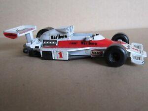 695O Polistil FX11 Italy McLaren M23 B #1 F1 J.Hunt 1977 Team Marlboro 1:3 2