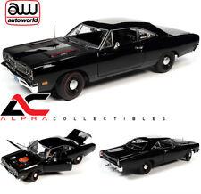 AUTOWORLD AMM1213 1:18 1969 PLYMOUTH ROAD RUNNER HEMMINGS TUXEDO BLACK