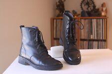 Clarks Originals Maru Mali Black Leather 7 1/4 Inch Tall Combat Boots Size 6 M