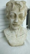 Gartenfiguren & -skulpturen aus Terrakotta mit Menschen-Motiv