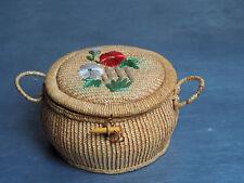 Ancienne boite à couture ronde en osier paille VINTAGE décor fleurs raphia