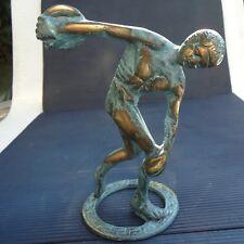 Grèce Lanceur de Disque Socle Bronze Doré Belle Patine  16,5 x 13x 8 Cm  838 Grs