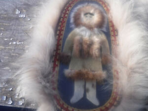 ANTIQUE VINTAGE OLD ALASKA NATIVE AMERICAN ESKIMO COUPLE INUIT WEAVED WALL ART