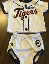 DETROIT TIGERS BASEBALL MLB  2 PC. JERSEY BY MAJESTIC YOUTH  0 / 3 MONTHS