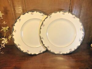 """EXCELLENT Wedgwood """"CHARTLEY"""" SETS of 2 DINNER PLATES - 27.5cms/10.75"""""""