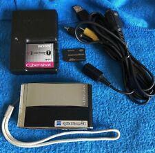 Sony Cybershot DSC-T5/B 5.1MP Digital Camera with 3x Optical Zoom (Black)SD Card