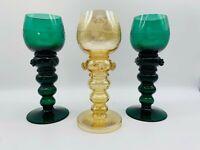 Weinkelche Römer Wein Rebe handgeschliffen Grün und Gold insg. 3 Stück antik