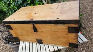Nice Old 1940s Dovetailed Wooden Box Chest Coffee Table Storage