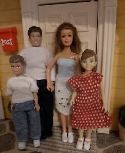 Lundby Dolls House Family