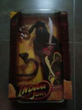 CAJA BLISTER Indiana Jones Figurine Cairo Swordsman, Hasbro . Año 2008