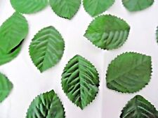 100 SILK ROSE leaf LEAVES DARK GREEN TABLE/ DECORATION/CRAFT/COSTUME/BUTTONHOLES