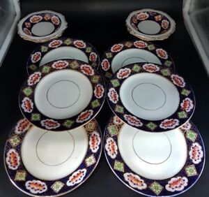 Antique Royal albert crown china, Berry bowls and side plates