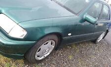 Mercedes 220 CDI W202 1999 5sp Diesel Motor O/S Derecho romper todas las piezas N/S