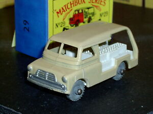 Matchbox Moko Lesney Bedford Milk Float 29 a1 white MW D-C SC2 VNM crafted box