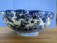 Antique Meiji Japanese Arita Karako Blue and White Bowl