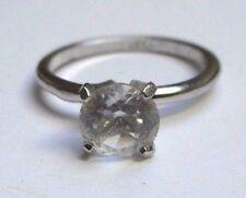 Bijou bague solitaire brillant cristal diamant sur griffe couleur argent T 56 P