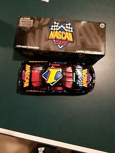 NEW MYRTLE BEACH NASCAR CAFE 1/24 #1 PONTIAC GRAND PRIX ACTION DIECAST 1/5,000