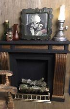 (R000) Aged Wood Frame Skeleton/woman Halloween Dollhouse Miniature 1:12