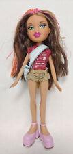 2001 BRATZ Doll Girl Figure MGA Entertainment Clothes Shoes Green Eyes Brown