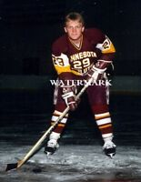 HOF Brett Hull WCHA Minnesota-Duluth Bulldogs Color 8 X 10 Photo Free Shipping
