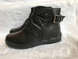 Drew Orthopedic Slip-Resistant Boots Women's Meadow Black Size  8M