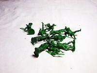 Marx Recast Robin Hood - 25 in 10 Figures 54mm plastic - Green color