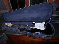 Fender Stratocaster MIM Electric Guitar Mexican made w/ Hardshell case 1995-1996