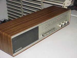 Grundig RF 410 altes Radio