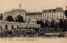 CPA  Vittel - Le Grand Hotel et l'Embouteillage   (456264)
