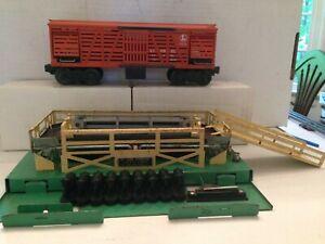 Original Lionel 3656 Complete Operating Cattle Platform and Car