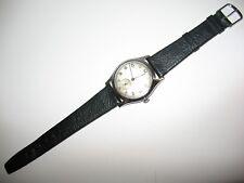 Nivada antike Armbanduhr Swiss Made Handaufzug 15 Jewels,defekt läuft zu schnell