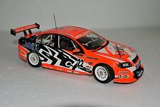 18292  TODD KELLY  (908-2000) Signed Model- COMMODORE #22 in 2007  1:18