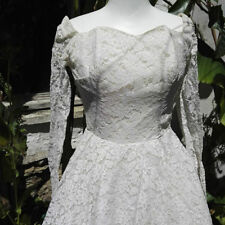 Lace A-line Long Sleeve Wedding Dresses