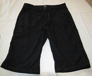 St. Johns Bay Bermuda black shorts 4P 4 P Petite womens juniors GUC