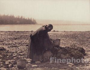 c.1900/72 EDWARD CURTIS Folio NATIVE AMERICAN INDIAN Mussel Harvesting Photo Art