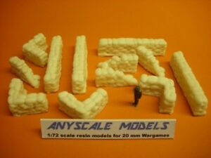 Wargames scenery. sandbag wall sections. WW2 and modern. 1/72 for 20mm (0192)