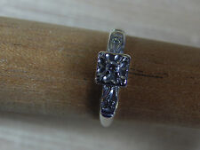 Vintage 1940s Women's White 14K Gold Ring .04  Round Diamond Size 5.25 Marked
