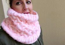 Snood vent de sable en acrylique rose bonbon tricoté à la main