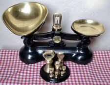 VINTAGE ENGLISH KITCHEN SCALES BOOTS CASH CHEMISTS 7 BRASS WEIGHTS ON STAND