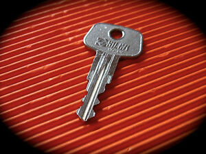 #706 LIEBHERR Fuel / Gas Cap Cut Key -Pre Cut Key-LQQK!