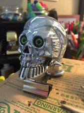 GREEN EYES FLYING ZOMBIE SKULL FENDER ORNAMENT HARLEY DEATH HEAD CHATTER JAW NOS