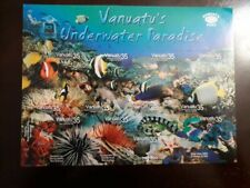 O) 2004 VANUATU, MARINE LIFE - RED AND BLACK ANEMONEFISH - LONFIN BANNER FISH- G