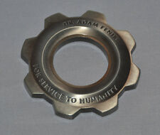 Gears of War (3) Dr Adam Fenix COG METAL (For Service to Humanity) GOW 3 GOW3
