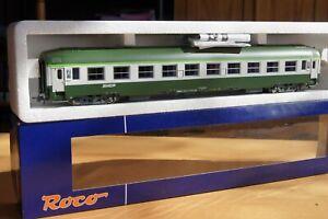 voiture b10 UIC sncf roco HO ref 45589