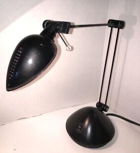 Black Metal Adjustable Desk Lamp with Tilt Lever-School, Office, Close Up Work