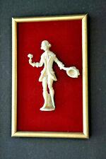 Petit tableau vintage en bois et velours - Marquis en relief