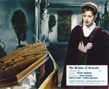 Yvonne Monlaur UNSIGNED photo - H7845 - The Brides of Dracula
